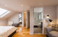 Located in the leafy south, this Blackheath loft conversion features a modern and cosy bedroom in this terraced property. Loft Conversion Cost, Loft Conversion Bedroom, Dormer Loft Conversion, Loft Conversions, Attic Master Bedroom, Bedroom Loft, Large Bedroom, Cosy Bedroom, Attic Bedrooms