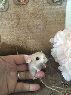 Needle-felted-needle-felt-mouse-dolls-house-teddy-animal-ooak-hand-made