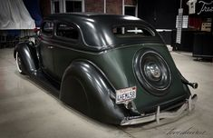 36 FORD SEDAN CUSTOMS  When you think about a 1936 Ford Custom you usually think about a coupe, a roadster, or convertible. But what about a 36 Ford SedanCustom? They make very nice Customs as well, and were already done back in the 1940's Don't get me wrong, I love the 1936 Ford …