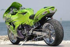 Kawasaki ZX14R Bike Wallpaper