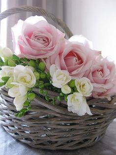 Floral Arrangement - Beautiful pink roses and white flowers in a basket. Love Rose, My Flower, Pretty Flowers, Fresh Flowers, Flower Power, Deco Floral, Arte Floral, Pink Roses, Pink Flowers