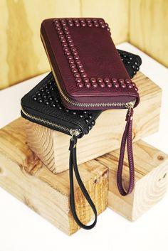 Prue – vegan zipper wallet / by Sole Society