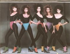 They look like they are all diapered! Paulina Porizkova, Renee Simonsen, Carol Alt, Nancy De Weir, and Joan Severance - 1983 Paulina Porizkova, Carol Alt, 80s Workout, Renee Simonsen, 1990s Supermodels, Vogue, Wale, 90s Models, 80s Fashion