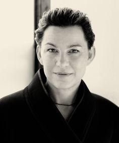 The Gentlewoman – Elizabeth Peyton 'Elizabeth is wearing a black wool kimono jacket by DONNA KARAN and her own necklace.'