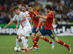 Um dos destaques de Portugal na Eurocopa, o volante Miguel Veloso deixou o Genoa para atuar no Dinamo de Kiev  Foto: Getty Images