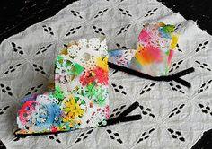 Kids craft idea - spring butterflies made from doilies