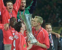 Liverpool 5 Alaves 4 in the 2001 Eufa Cup Final, brought to you by Super Soccer Site Liverpool City, Liverpool Football Club, You'll Never Walk Alone, Best Football Team, Europa League, Sports News, Premier League, Finals, Baseball Cards
