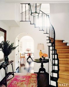 Home Interior Decoration Grand entrance with stair runner and large lantern as the chandelier.Home Interior Decoration Grand entrance with stair runner and large lantern as the chandelier Entry Stairs, Entry Hallway, Hollywood Homes, Spanish Style Homes, Grand Entrance, Grand Entryway, Entrance Halls, Entryway Decor, Home Fashion