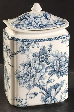 222 Fifth (PTS) Adelaide Blue and White Medium Canister & Lid Blue And White China, Blue China, Love Blue, China China, Blue Dishes, White Dishes, Chinoiserie, Decoration Baroque, Blue Pottery