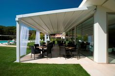 Merveilleux Retractable Attached Water PROOF (not Water RESISTANT) Patio Cover System.  For Complete Information