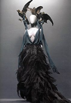 1000+ images about Alexander McQueen on Pinterest ...
