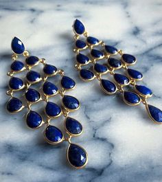 Lapis Lazuli is thought to stimulate the higher levels of the mind encouraging clarity and objectivity. It is also believed to allow the release of stress bringing deep inner peace.  #lapislazuli #lapis #clarity #objectivity #blue #designer #earring #gemstone #peace #gold #Jewellery #jewelry #knightsbridge #kensington #mayfair #marble #colourful #fashion #fashionista #fashionblogger #style #styleblogger #aw15 #christmasgift #ootd #latelitalondon #London #stress #statementjewels