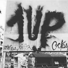1UP 1up_crew_official _______________________ #madstylers #graffiti #graff #style #powerful #street #ghetto #bombing #sprayart #unstoppable #black Graffiti Tagging, Graffiti Artwork, Blank Canvas, Character Drawing, Paradox, Post Apocalyptic, Cyberpunk, Writers, Stencil