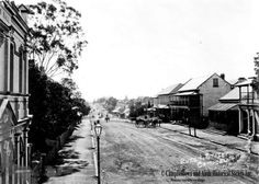 Queen St,Campbelltown in the south western suburb of Sydney (year unknown). Back In The Day, Old Photos, Sydney, Westerns, Vietnam, Past, Sidewalk, Australia, History