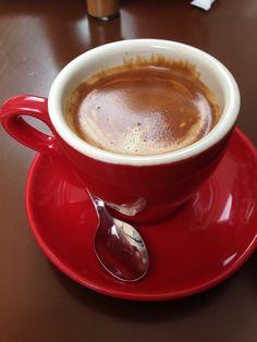 Caffè Good Morning Coffee, Coffee Cozy, Fresh Coffee, Coffee Latte, Coffee Break, Coffee Time, Coffee Shop, Coffee Milkshake, Coffee Drinks