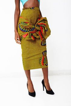 Love of fashion in African African Inspired Fashion, African Print Fashion, Ethnic Fashion, Unique Fashion, Fashion Prints, African Prints, African Attire, African Wear, African Women