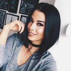 """34.4 mil curtidas, 361 comentários - Thalita Ferraz (@thalitamakes) no Instagram: """"Será que sou a única que não gosta de dias nublados? Me lembra filme de terror #boringday #cold"""""""