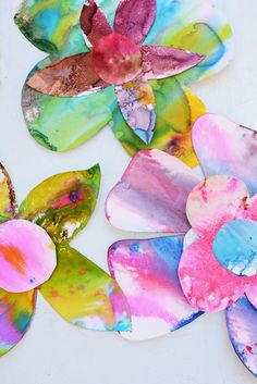 Love these Spring Watercolor Flower Art for Toddlers (actually for any age)