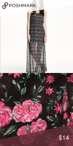 Maxi dress final sale The dress have the same style as the first picture but the color is the same as the as the second picture H&M Dresses Maxi