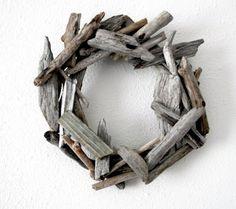 alisaburke: rustic driftwood wreath