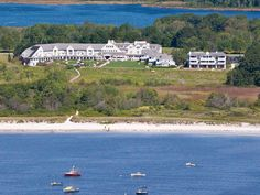 Find Inn by the Sea Cape Elizabeth, Maine information, photos, prices, expert advice, traveler reviews, and more from Conde Nast Traveler.