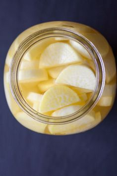 Takuan is a Japanese dish of fermented daikon radish. It is a form of Tsukemono (Japanese pickled veggies), which are served as side dishes or snacks, and are even part of the Japanese tea ceremony… Pickled Daikon Radish Recipe, Radish Soup Recipe, Radish Recipes, Canning Recipes, Soup Recipes, Yummy Recipes, Recipies, Family Recipes, Recipes