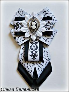 (3) Одноклассники Ribbon Jewelry, Ribbon Art, Diy Ribbon, Ribbon Crafts, Fabric Jewelry, Ribbon Bows, Jewelry Crafts, Beaded Jewelry, Ribbons