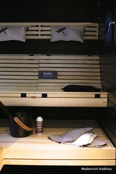 Sauna Ideas, Dry Sauna, Finnish Sauna, Outdoor Sauna, Spa Rooms, Saunas, Attic, Basin, Bathroom Ideas