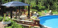 Gazebo avec ensemble à dîner et piscine hors terre | Gazebo with dining set and aboveground pool