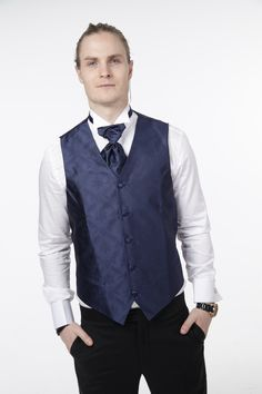 Mørkeblå vestpakke fra Zlixx Vest, Jackets, Dresses, Fashion, Down Jackets, Vestidos, Moda, Fashion Styles, Dress