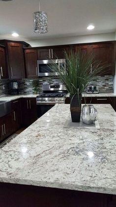Backsplash With Dark Cabinets, Dark Countertops, Stainless Backsplash, Dark Kitchen Cabinets, Kitchen Countertops, Kitchen Backsplash, Black Cabinets, Granite Kitchen, Kitchen Wood