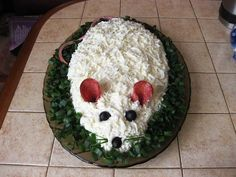 """Salad """"White mouse"""" with squid and cheese Holiday Appetizers, Appetizer Recipes, Salad Recipes, Grated Cheese, Boiled Eggs, Food And Drink, Cooking Recipes, Dishes, Fruit"""