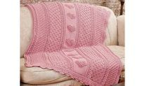 Crochet Aran Hearts Throw Pattern Stitch Along Crochet Shawl Free, Crochet Crowd, Ravelry Crochet, Crochet Shoes Pattern, Crochet Blanket Patterns, Crochet Baby Beanie, Baby Blanket Crochet, Cute Crochet, Beautiful Crochet