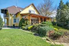 Eladó családi ház, Szombathelyen 62.9 M Ft, 4 szobás Cabin, Mansions, House Styles, Home Decor, Decoration Home, Manor Houses, Room Decor, Cabins, Villas