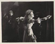 Lon Chaney and Mary Philbin-the PHANTOM OF THE OPERA (1925)  click to enlarge