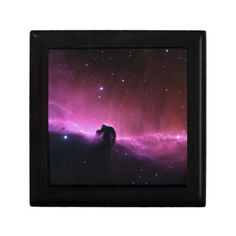 Choose from a variety of Nebula gift boxes on Zazzle. Our keepsake boxes are great places to hold valuables like jewelry. Horsehead Nebula, Everyday Objects, Keepsake Boxes, Gifts For Women, Jewelry Box, Watches, Space, Art, Jewellery Box