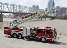 Newport Fire Department (KY) 2010 E-ONE HP 100 Ladder; 100 Foot Al. Ladder Cyclone II Chassis; 2,000 gpm, QMAX Pump, 500 gallon tank #fire #engine #setcom