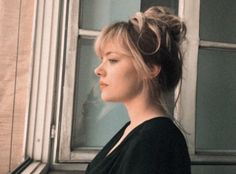 Can I have Stevie Nicks' nose please (and a jawline)