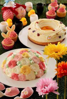 スイーツブッフェ「Sweets Parade」 横浜ベイシェラトン ホテル&タワーズで大人気のナイトタイムのスイーツブッフェ「Sweets Parade」の4月、5月分の受付が、2017年2月1日からスタートしました。 4月6日~5月26日のテーマは、イースター(復活祭)。フォトジェニックなイースターバージョンに変身します。