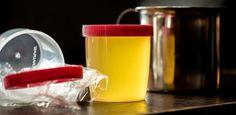 Bar em Porto Alegre vende drinque servido em pote de exame de urina