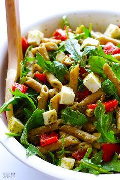 Salata de paste cu 5 ingrediente