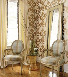 Metallic gold damask wallpaper.....