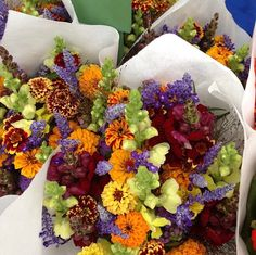 We love the floral ideas that visits to @UnionSquareGreenMarket bring! #decorinspirations