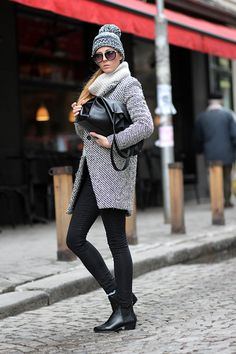 Find out how to make it with the cool crowd downtown with our style guide! Also, see how to win a fab trip for 2 to NYC! http://dropdeadgorgeousdaily.com/2014/08/new-york-style-downtown-cool-crowd/