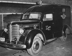 1948 Columbus, Ohio.  New patrol wagon.