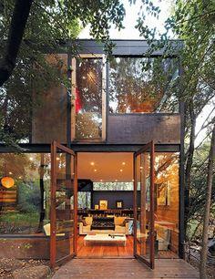 Casa Apolo 11, by Parra + Edwards Arquitectos, La Reina, Santiago, Chile.
