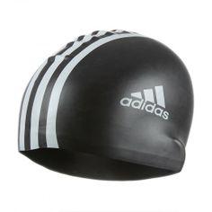 La gorra Silicone 3S de Adidas es un accesorio de natación que protege tu cabello del cloro y mejora tu rendimiento al nadar, reduciendo la resistencia dentro del agua.