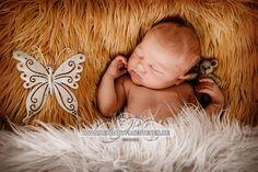 Newborn Hanna, 10 Tage, aus Duisburg | (Babyfotograf NRW)