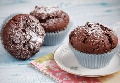 Dreading the chocolate-fest that is Easter? We've got a recipe for guilt-free chocolate cupcakes to see you through. Sugar Free Recipes, Baking Recipes, Real Food Recipes, Chocolate Cupcakes, Chocolate Recipes, Sugar Free Cupcakes, Save On Foods, Healthy Sweet Treats, Decadent Chocolate