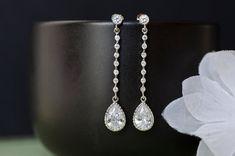 Boucles d'oreilles mariées demoiselles d'honneur par CrinaDesign73, $32.00